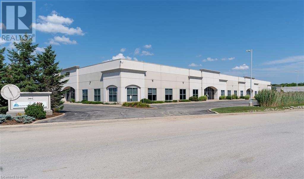303 Townline Road Unit# 201, Niagara-On-The-Lake, Ontario  L0S 1J0 - Photo 2 - 40035859
