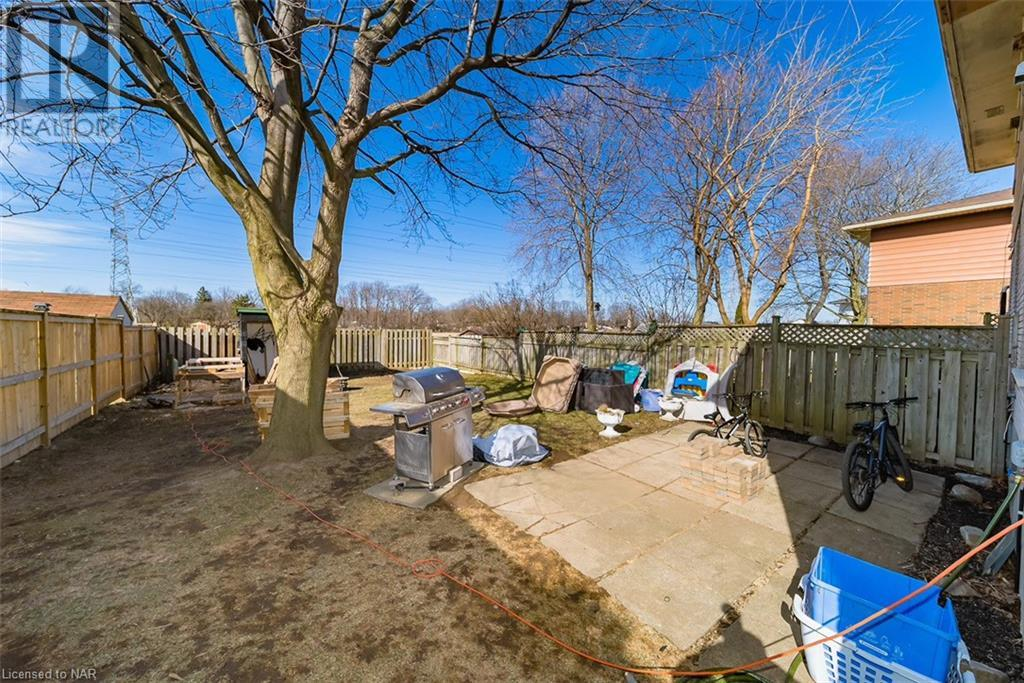 2757-2761 Wedgewood Crescent, Niagara Falls, Ontario  L2J 2B6 - Photo 16 - 40079891