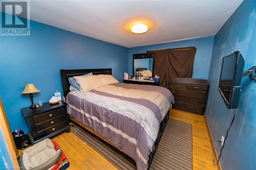 2757-2761 Wedgewood Crescent, Niagara Falls, Ontario  L2J 2B6 - Photo 9 - 40079891