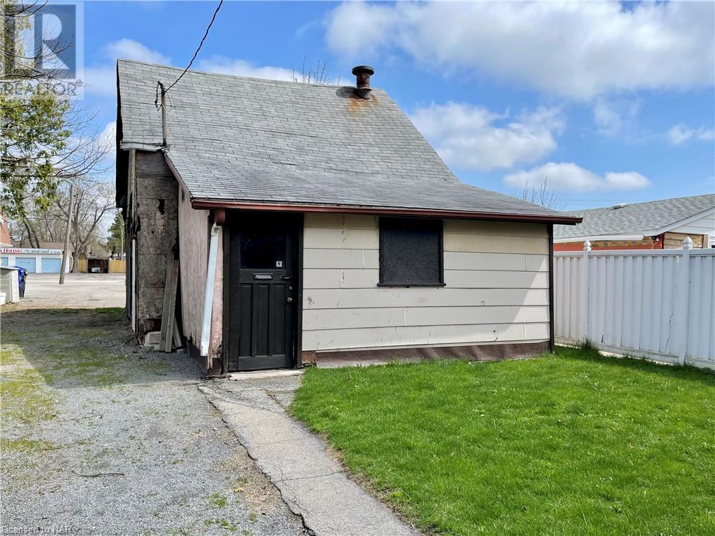 5 Deere Street, Welland, Ontario  L3B 2L7 - Photo 4 - 40096820