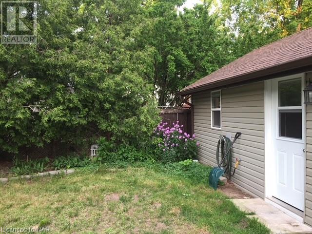 6172 Drummond Road, Niagara Falls, Ontario  L2G 4M4 - Photo 12 - 40098438